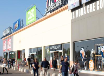 negozi-parco-commerciale-akropolis